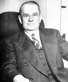 Portrait of Chauncey Sparks, governor of Alabama, 1943. (Auburn University, Glomerata, Wikipedia)
