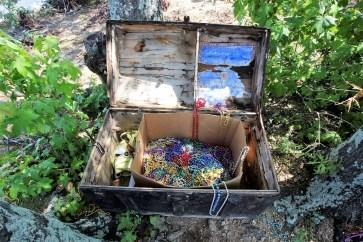 A treasure chest adds to the fun on School Bus Island. (Meg McKinney/Shorelines)