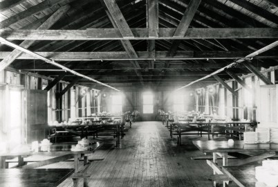 Jordan Dam mess hall, July 1927. (Alabama Power Company Archives and Museum)