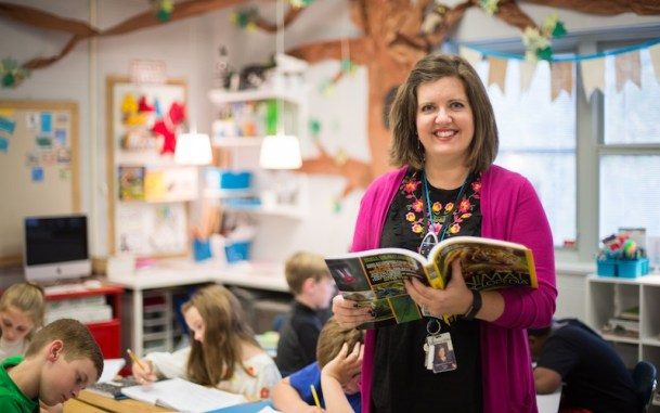 Heather Hurt always wanted to teach, but she worked in real estate for more than a decade before pursuing her original passion. (Samford University)