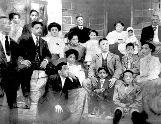 The families of Birmingham physician Arthur McKinnon Brown (front row, second from left) and educator Arthur Harold Parker (seated, third from right), taken in the early 1900s. (From Encyclopedia of Alabama, photo courtesy of the Birmingham Public Library Archives)