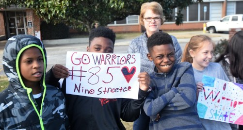 Thompson High School friends, fans and family attend a sendoff for their Warriors to the state 7A high school football championship game. (Solomon Crenshaw Jr./Alabama NewsCenter)