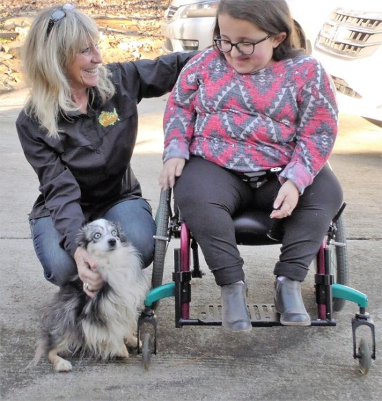 Carol Clark, left, with Rhae Busby. (Karim Shamsi-Basha / Alabama NewsCenter)