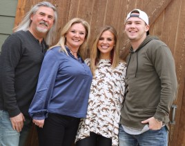 Hannah Brown with her family. (file)