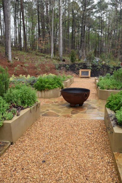 The quiet garden is perfect for relaxation. (Donna Cope/Alabama NewsCenter)
