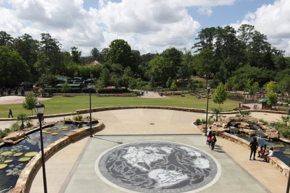 The Birmingham Zoo has aimed for a more spectacular welcome for its visitors. (Bria Bailey/Alabama NewsCenter)