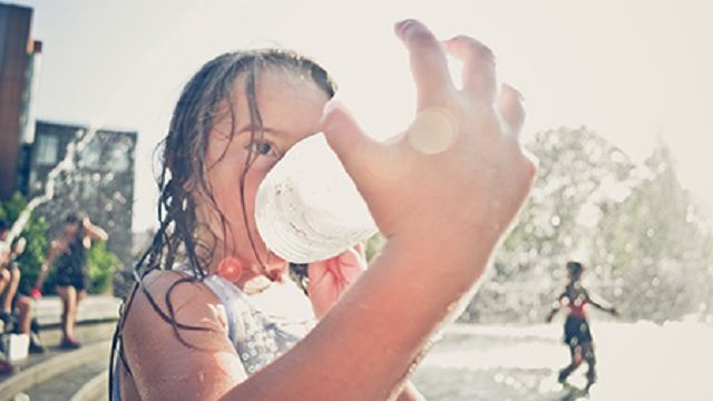 Keep toddlers safe, hydrated and having fun as summer heat continues