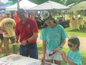 In its 31 years, the Slocomb Tomato Festival has grown into a much-anticipated two-day event. (Linda Brannon/Alabama NewsCenter)