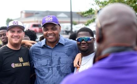 Barkley with members of the Miles baseball team. (Solomon Crenshaw Jr./Alabama NewsCenter)