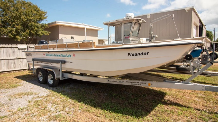Thanks in part to a grant from the Alabama Power Foundation, DISL will be getting a new research boat similar to this one in 2020. (Dennis Washington / Alabama NewsCenter)