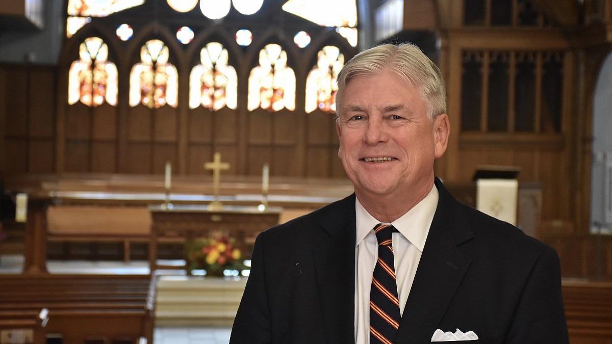 Pastor Ed Hurley is an Alabama Bright Light leading interfaith Thanksgiving service
