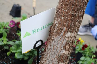 Cards identify companies whose employees volunteered with Blooming Birmingham. (Regions Doing More Today)