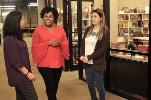 Katrina Watson, center, leads the Literacy Council of Central Alabama in its mission to bring the transformative gift of reading to both those born in Alabama and immigrants who can't read English. (Karim Shamsi-Basha/Alabama NewsCenter)