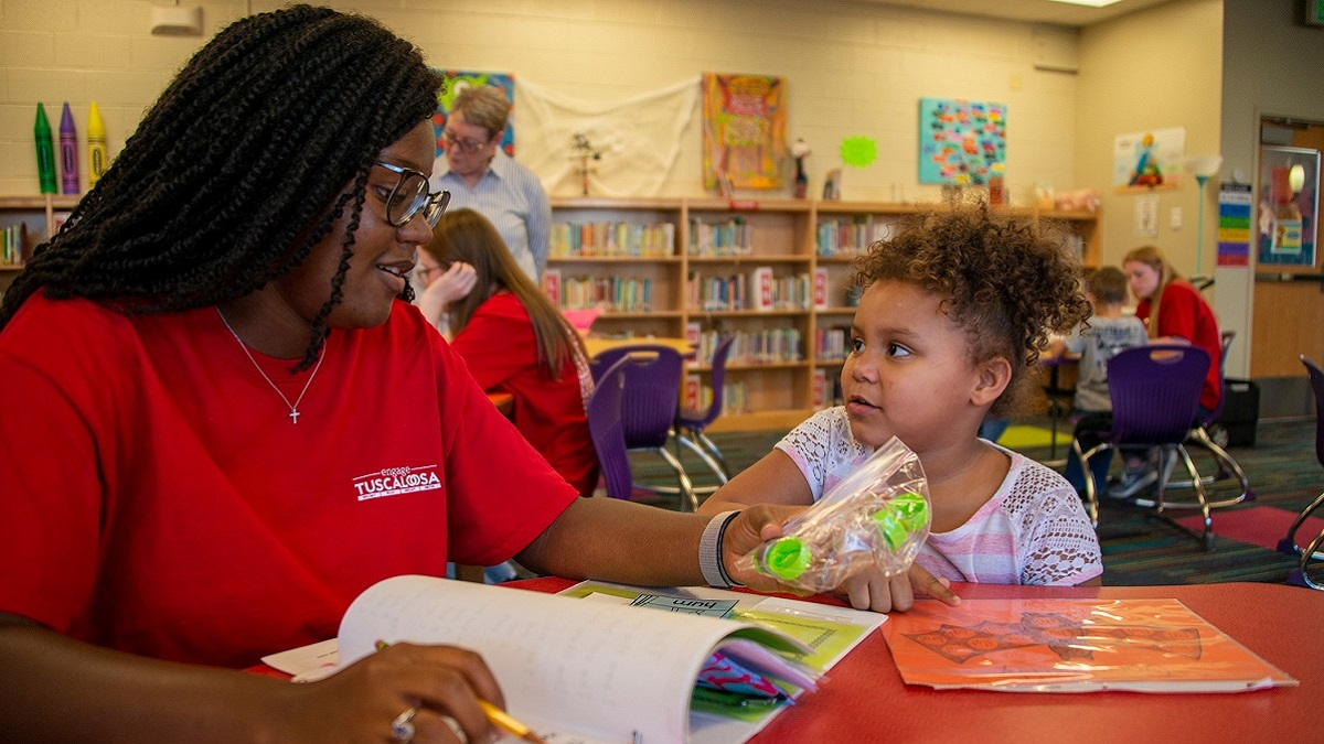 Reading Allies literacy program featured in University of Alabama's Bama Blitz campaign
