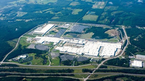 Mercedes-Benz U.S. International in Tuscaloosa has resumed production following the COVID-19 shutdown. (MBUSI)