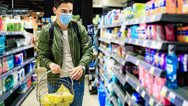 How to grocery shop safely during the COVID-19 pandemic