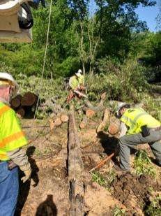 Storm restoration, April 2020. (Jason Pruett and Eric Suttons / Alabama Power)