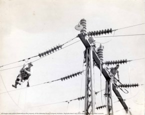 Unidentified photograph taken in Boaz, Alabama, April 1938. (Photography by Ned Coulbourn, Alabama Power Company Archives)