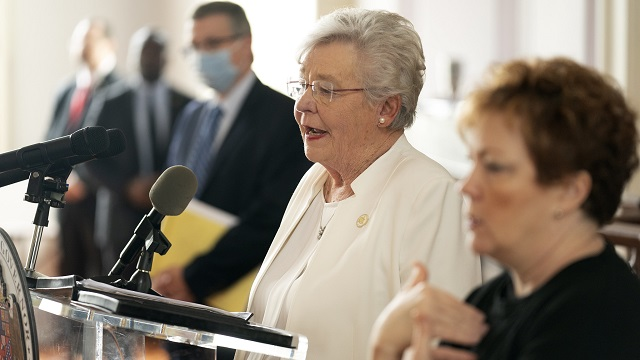 Gov. Ivey: Alabama restaurants, salons, churches can reopen with limits May 11
