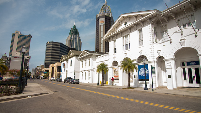 Mobile businesses adjust spending, work schedules during COVID-19