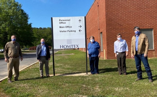 Alabama Lt. Gov. Will Ainsworth visited the HomTex facility in Cullman. (HomTex)