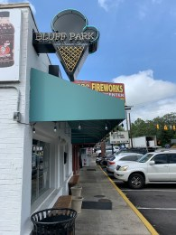 Bluff Park Ice Cream Shoppe has a rotation of more than 100 flavors. (Ike Pigott/Alabama NewsCenter)