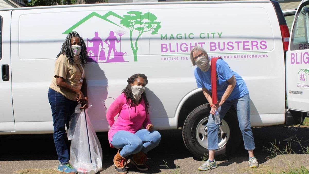 Magic City Blight Busters look to beautify Birmingham neighborhoods