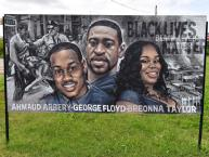 An art initiative in Huntsville shows unity and support for the Black Lives Matter movement. (Ronald Pollard / Alabama NewsCenter)