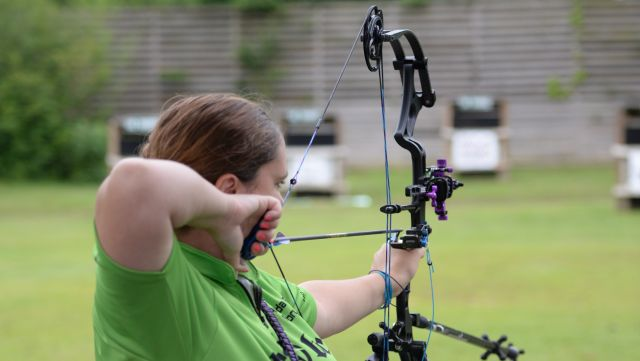 Breast cancer research is the target for Alabama Bow-Up archery event