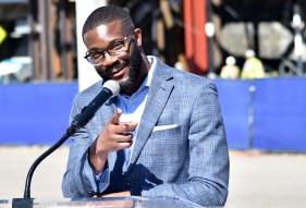 Birmingham Mayor Randall Woodfin speaks at the announcement. (Solomon Crenshaw Jr. / Alabama NewsCenter)