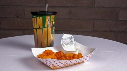 Buffalo Cauliflower της Yo Mama's.  (BJCC)