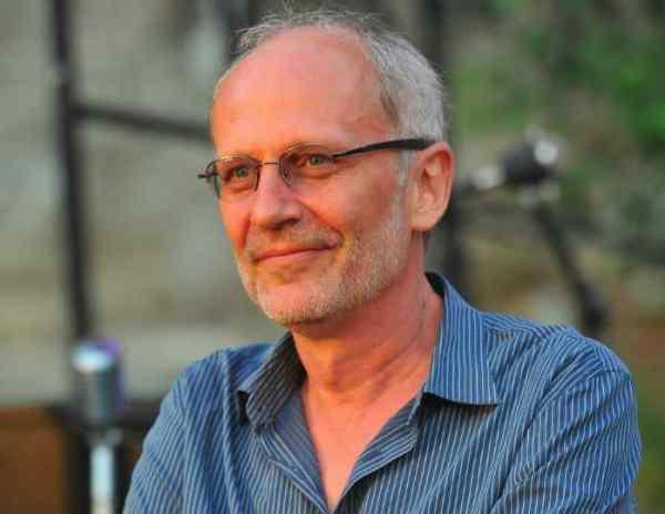 Александр Гордон: биография, личная жизнь, семья, жена ...