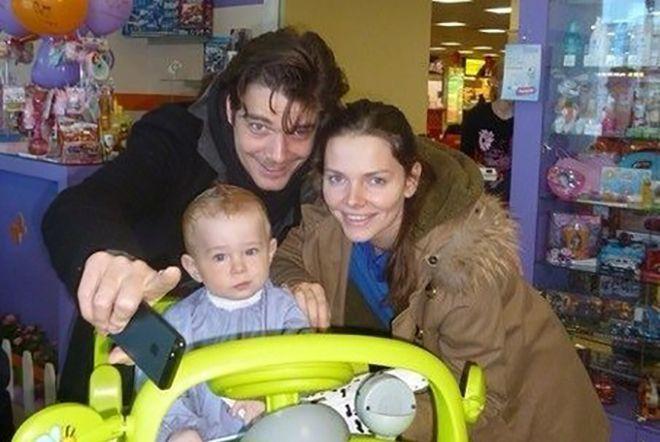 Максим Матвеев биография личная жизнь семья жена дети  фото