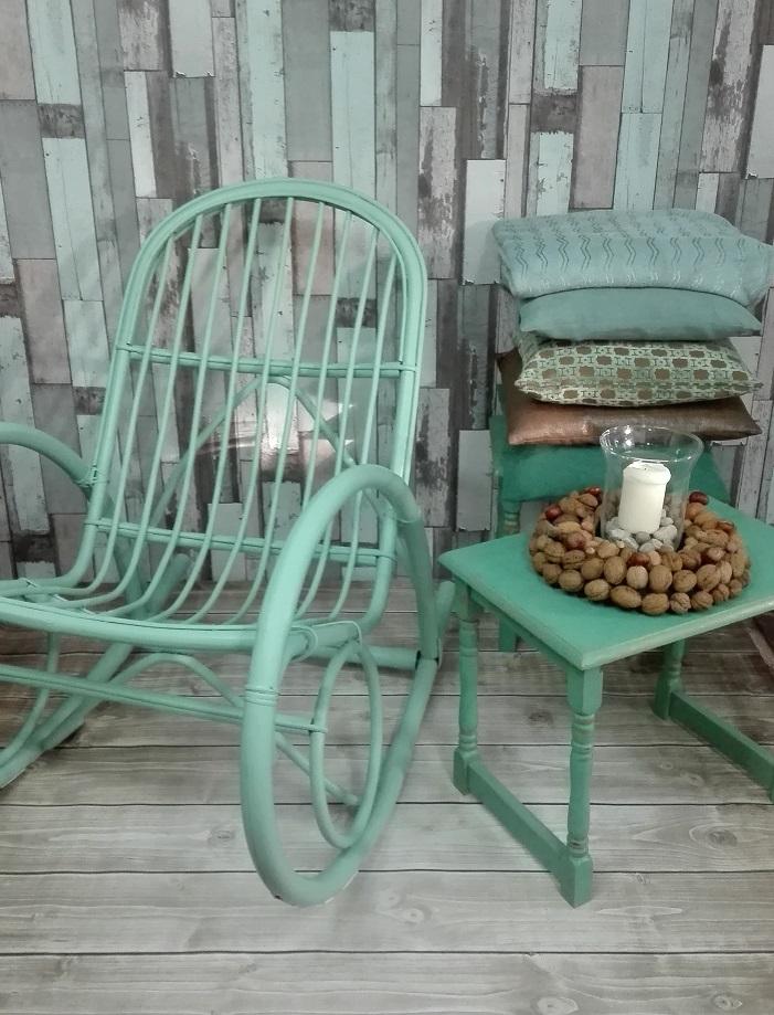 Szałwiowy fotel bujany - malowany