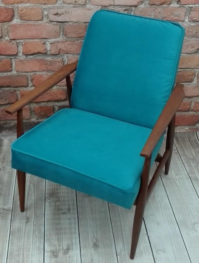 Fotel PRL Lis po wymianie tapicerki