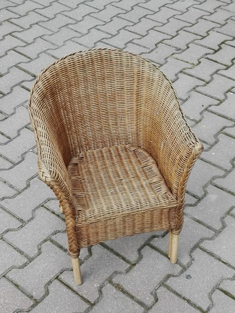 Krzesło wiklinowe dziecięce - fotelik