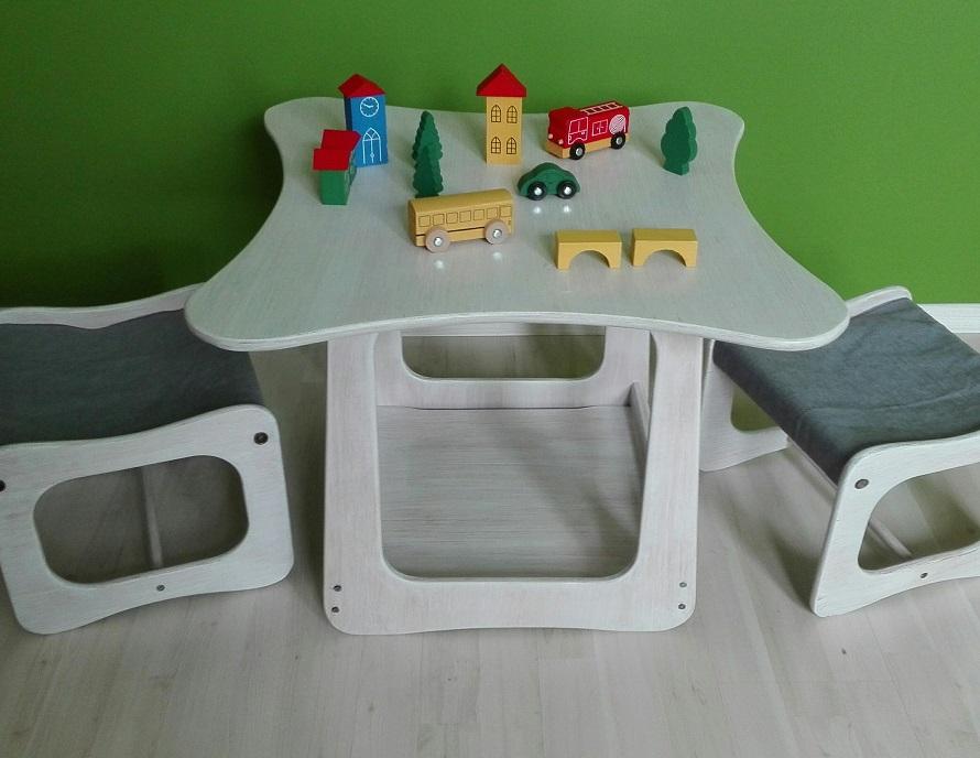 Drewniany zestaw mebelków dla dzieci