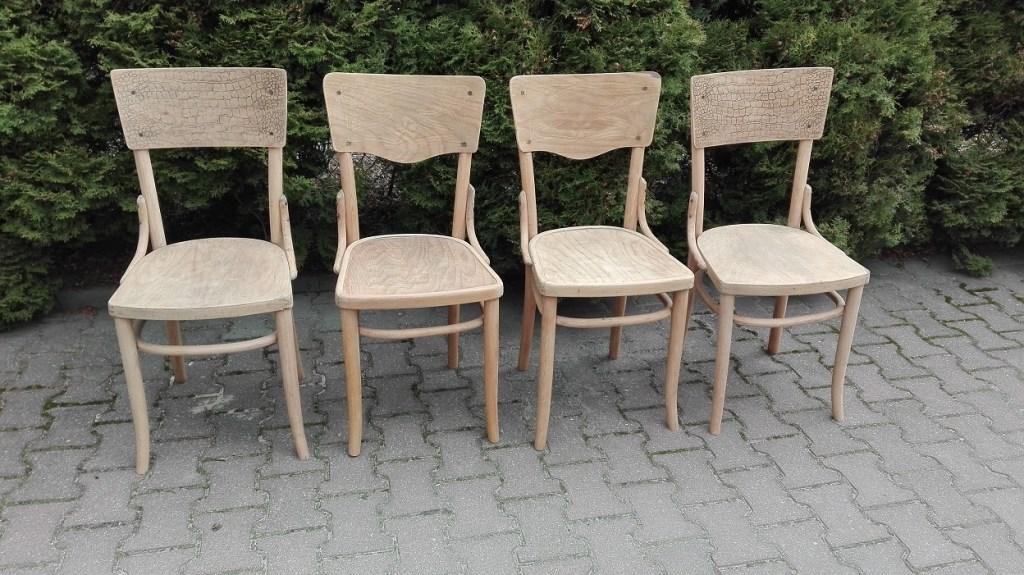 Drewniane krzesła Thonet