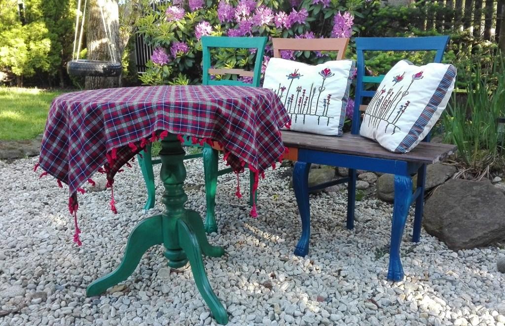 Kolorowe meble ogrodowe