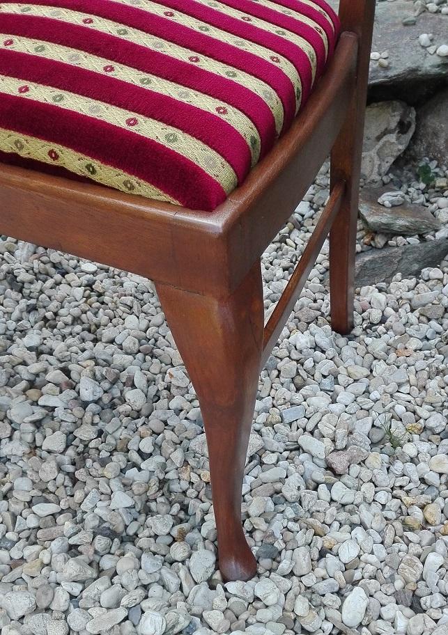 Renowacja mebli - krzesło po odnowieniu