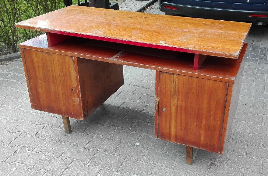 Malowanie starego biurka