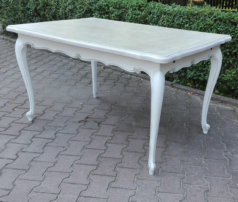 Stół malowany na biało stylowy
