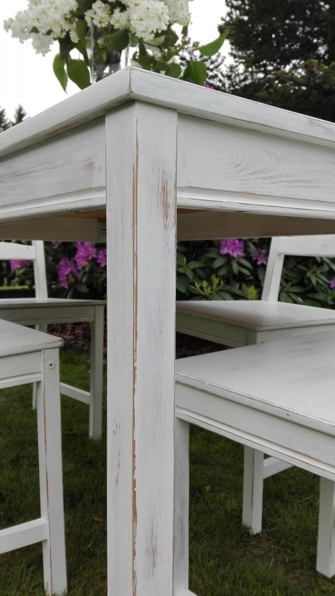 Jak przemalować stół sosnowy na biało?