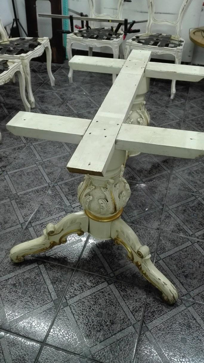 Stół neorenesansowy do renowacji