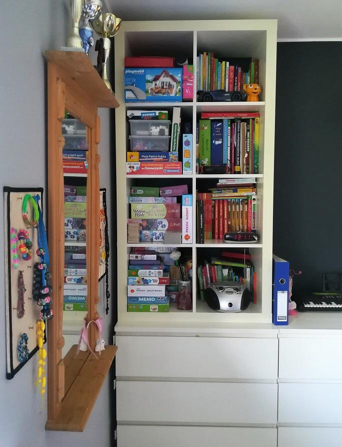 Kallax na książki i zabawki