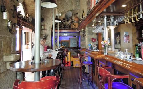 hangulatos kávézó kocsma Horvátország Crikvenica