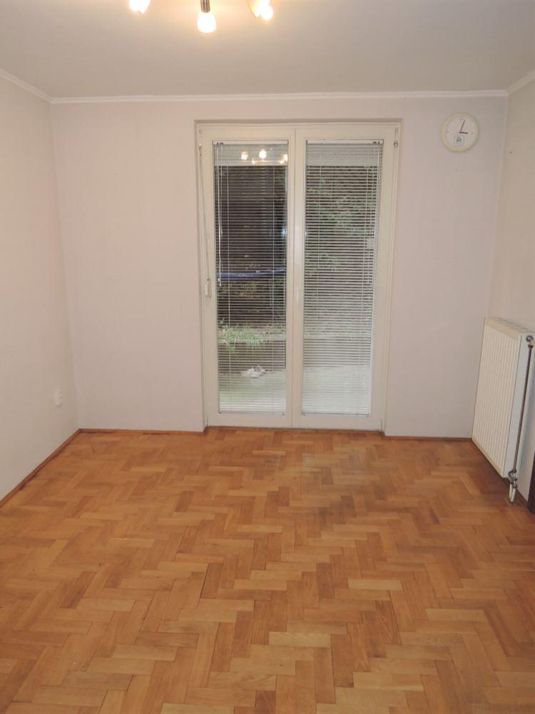Kiadó 3 szobás lakás-Budapest XII- Kútvölgy-http://alacsonyjutalek.hu/ - Megbízható, megfizethető, minőségi ingatlanközvetítő iroda-tel: 36-30-9843-962