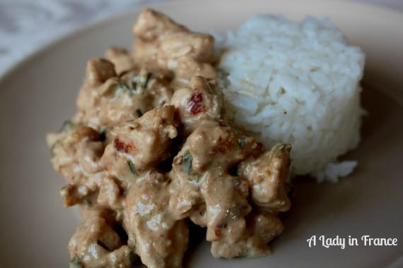 Creamy Dijon Chicken with Tarragon has 6 ingredients or less