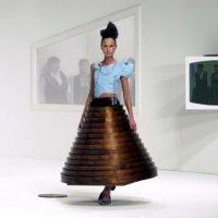 Hussein Chalayan, une vision conceptuelle de la mode
