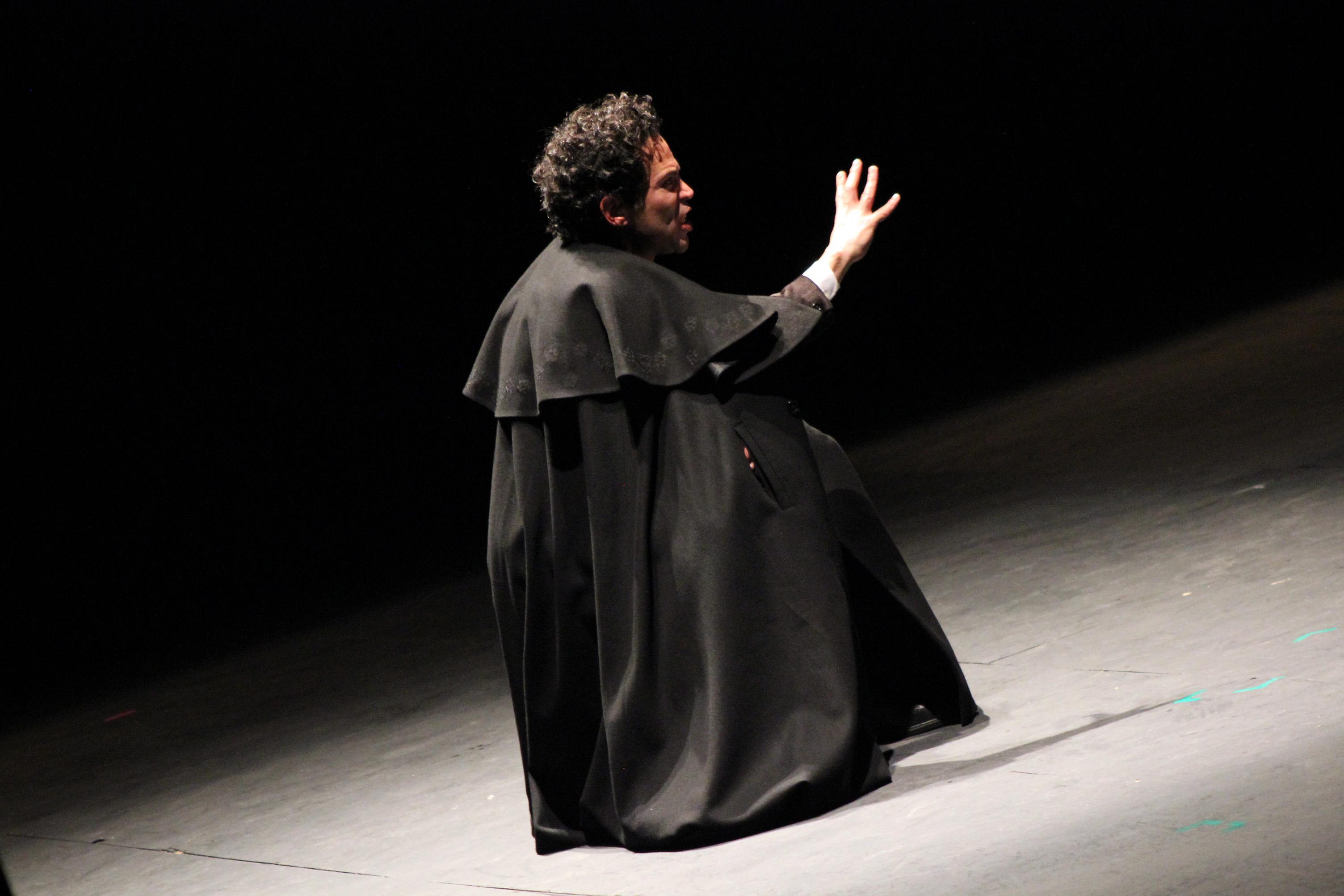 Estrenan monólogo sobre Confabulario en el Teatro Degollado